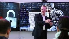 100 milliárd digitális kapcsolatot kell megvédeni a támadásoktól kép