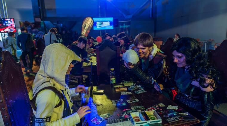 Hearthstone, Gwent és Trónok harca is vár a Fantasy tavernában a PlayIT-en! bevezetőkép