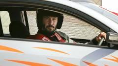 Rally Car - Keanu Reeves versenyzőnek áll kép