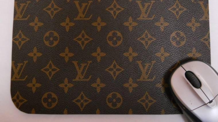 Napi büntetés: nem fogod elhinni, mennyibe kerül egy Louis Vuitton egérpad bevezetőkép