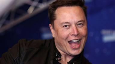 Elon Musk repülő autót akar csinálni a Tesla Roadsterből kép