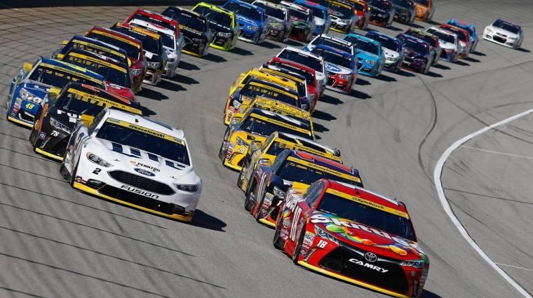 Az elmaradt NASCAR versenyek helyett is szimulátorokban zajlanak tovább a futamok bevezetőkép