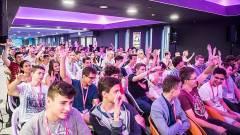 Kódolási versenyt rendezett a Telekom kép