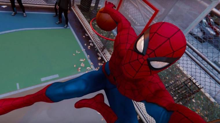 Egy játékos hálóvetővel próbál kosárlabdázni a Marvel's Spider-Manben bevezetőkép
