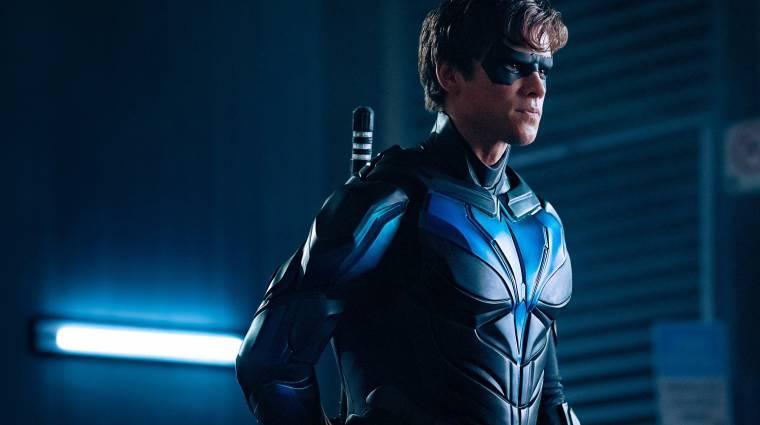 Elszabadul a pokol Gothamben a Titánok 3. évadához érkezett teljes előzetesben kép