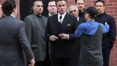 Gotti - szinkronos traileren a gengszterkedő Travolta kép