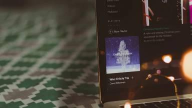 Új gép karácsonyra? Szerezz mellé olcsón Windows 10-et és Office-t! kép
