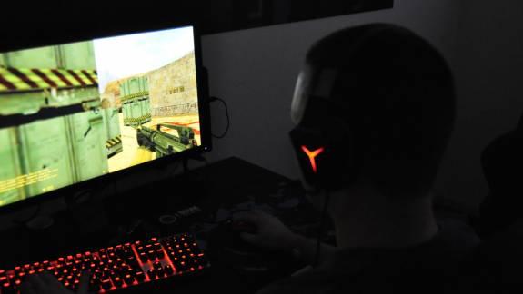 Online indulnak újra a Lenovo Legion Honvéd Esport Akadémia edzései kép
