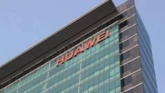 Kenterben veri az iPhone X-et a Huawei új mobilja kép