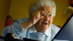 Ugrásszerűen nőtt a 60 év feletti netezők száma kép