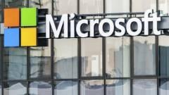 180 fokos fordulat a Microsoftnál kép