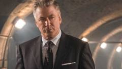 Alec Baldwin új filmjének forgatásán véletlenül lelőtte a vezető operatőrt, aki bele is halt sérülésébe kép