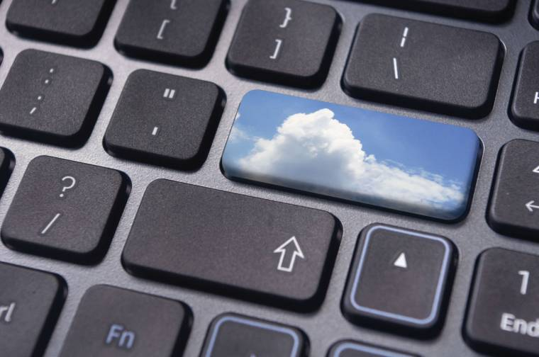 az online bevételek hozzávetőleges ajánlása)