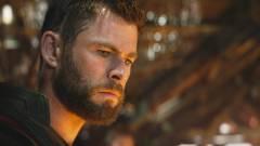 Így énekelt a Bosszúállók: Végjáték Thorja a forgatáson kép