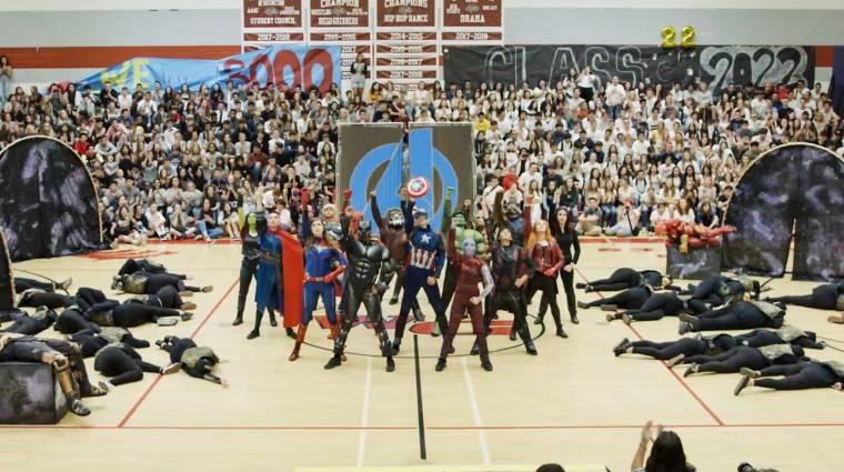 Egy középiskola végigtáncolta a Bosszúállók: Végtelen háborút és a Végjátékot kép
