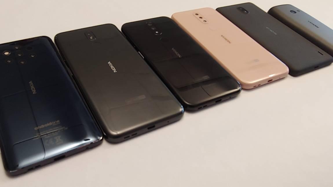 Kezünkben a hétlövetű Nokia 9 PureView kép