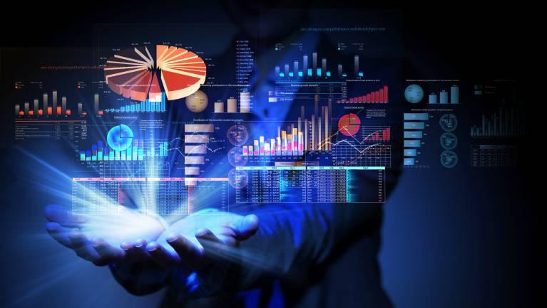 MI-vel támogatott folyamat- és adatelemző platformot kapnak a kkv-k kép