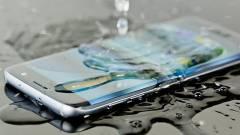 Tényleg víz-és porálló a mobil, amit így hirdetnek? kép