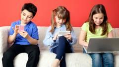 A WHO szerint kétéves kor alatt nem szabad képernyő elé engedni a gyereket kép