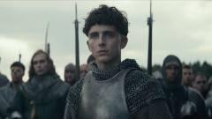 Sztárokkal teletűzdelt történelmi film érkezik a Netflixre: Előzetest kapott a The King kép