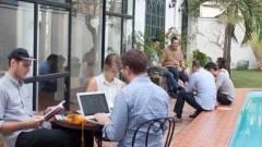Meddig maradnak az Y és Z generációs fiatalok egy munkahelyen? kép
