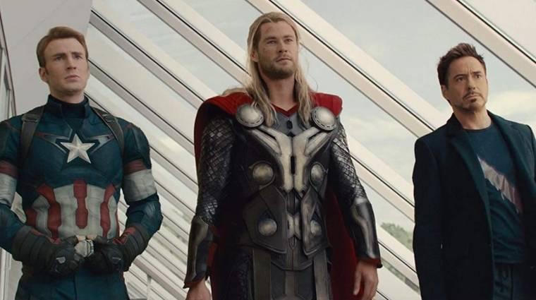 Chris Hemsworth két másik Bosszúállóval készítené el A három amigó remake-jét kép
