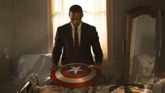 Új jelmezében feszít Sam Wilson a The Falcon and the Winter Soldier utolsó poszterén kép