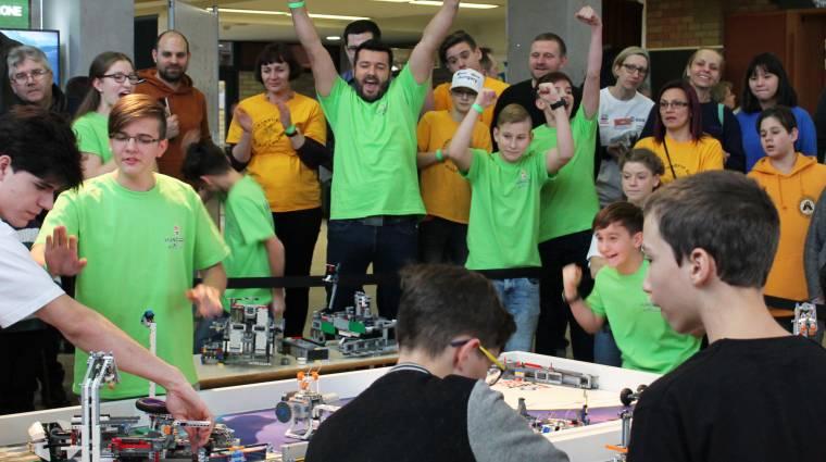 Nézd élőben, hogyan zajlik egy robotverseny! bevezetőkép