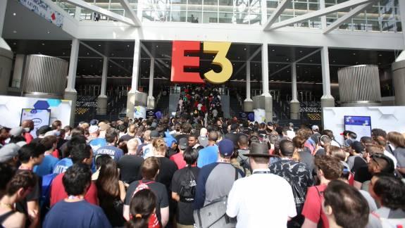 A tervek szerint a koronavírus ellenére is megtartják az E3-at, de ez még változhat kép