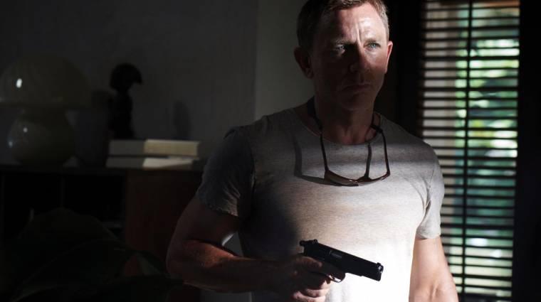 Könnyeivel küszködve búcsúzott Daniel Craig a Nincs idő meghalni forgatásának befejezése után bevezetőkép