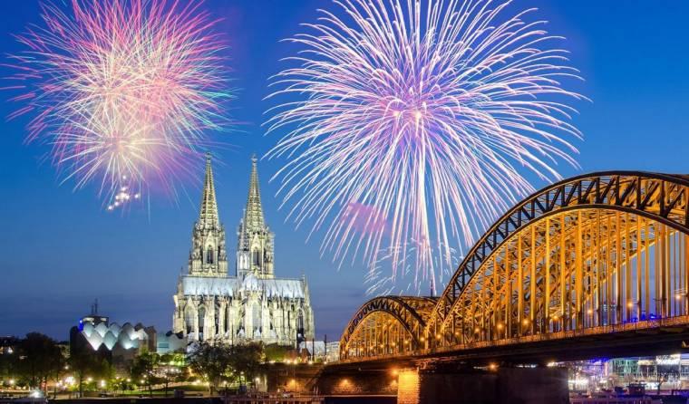 új év, mint egy berlini iszlám ingyenes társkereső