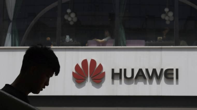 Amerika szerint a Huawei még mindig tikokban kukkolja a mobilhálózatokat kép