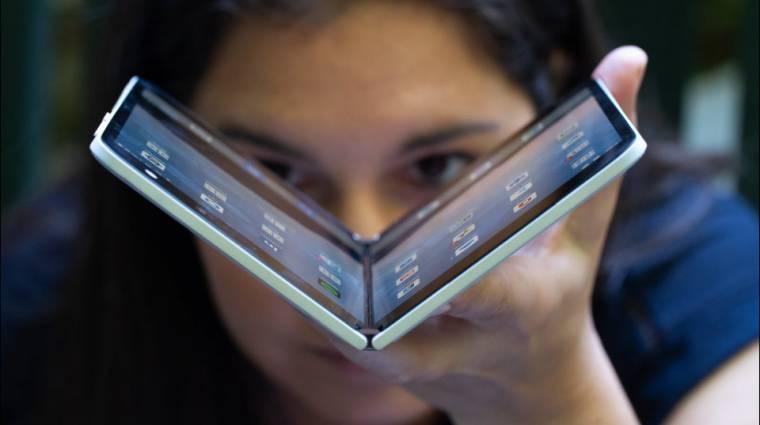 Nem lett jó a Surface Duo, mégis jön a globális piacra kép