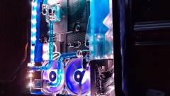 Csodaszépen néz ki ez a vízhűtéses PS4 Pro kép