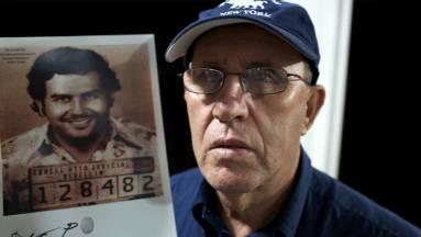 Milliárdokra pereli az Apple-t Pablo Escobar drogbáró bátyja fókuszban