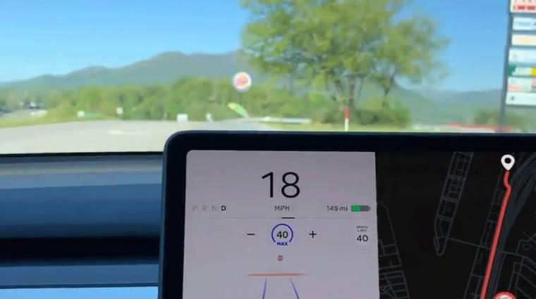 Egy Tesla stoptáblának nézett egy Burger King emblémát kép