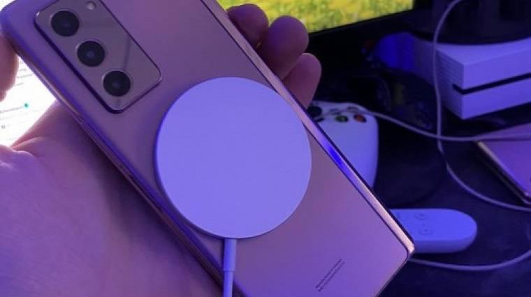 Bármelyik androidos mobilt feltölti az Apple MagSafe töltője, de foltot hagy az Apple drága bőrtokjain kép