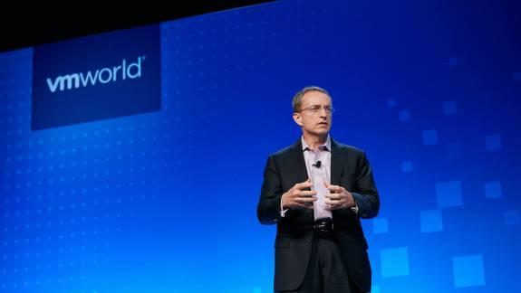 Az Intel feje továbbra sem bizakodó a chiphiány kapcsán kép