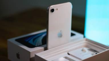 Újabb jel utalna az iPhone SE frissítésére? fókuszban
