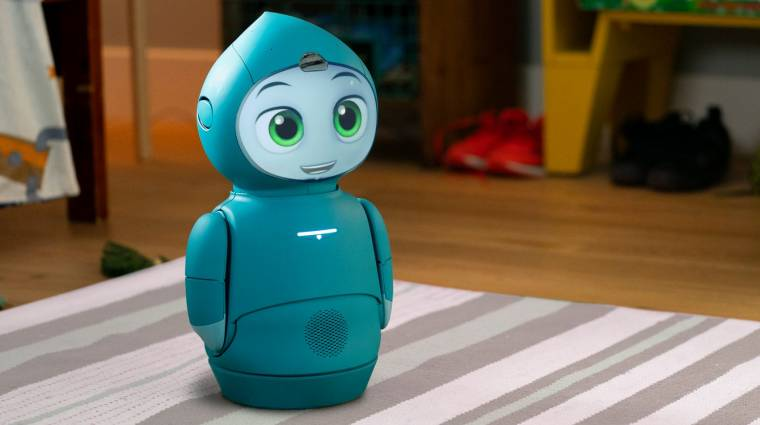 Gyerekekkel társalog az 1500 dolláros Moxie robot kép