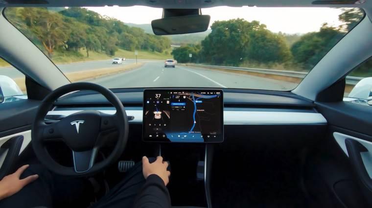 Havi díjért is használhatják a Tesla-tulajdonosok a teljes önvezető módot kép