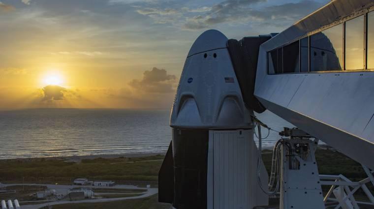 Elhalasztotta a NASA a SpaceX Crew-1 küldetését kép