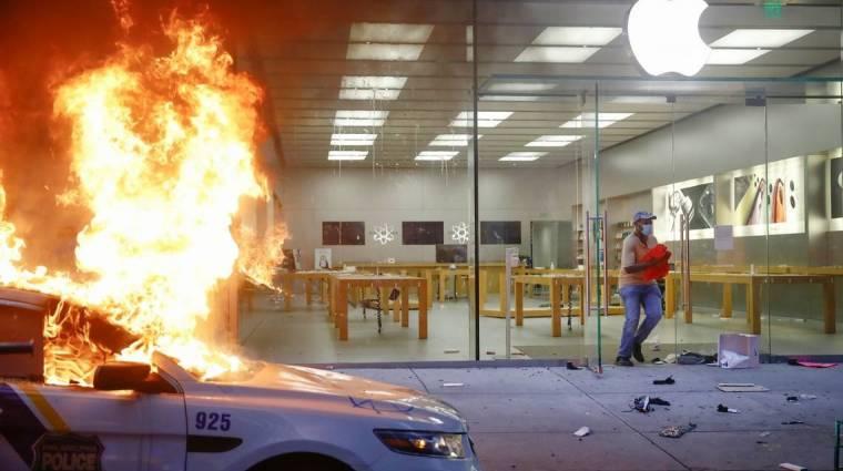 Pórul járt, aki iPhone-t lopott a zavargások alatt kép