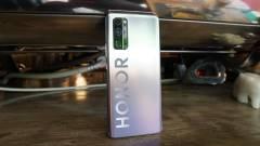 Elhalasztja a V40-es mobilokat a Huawei-ből kivált Honor kép