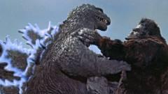 Játékcsomagoláson láthatjuk a Godzilla vs. Kong film nagy összecsapását kép