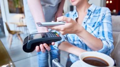Így fizethetsz biztonságosan a mobiloddal kép