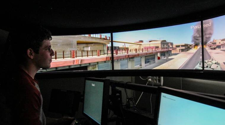 Izrael Xbox kontrollerrel irányítható tankot tesztel