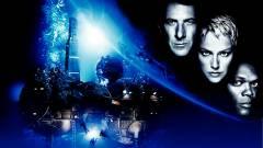 Sorozat készül Michael Crichton A gömb regényéből kép