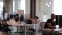Mesterséges intelligenciával hozza helyre az Adobe az elmosódott videókat kép