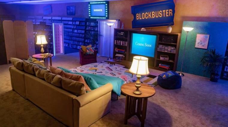 Ottalvós bulikat szerveznek a világ utolsó Blockbuster videotékájában kép